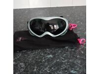 Ladies Skiing snow Goggles by elevation snow brand new