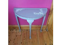 💖 Upcycled console table.