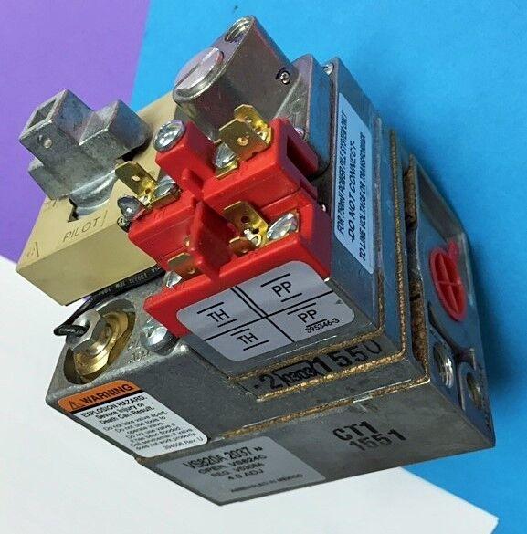 "Honeywell VS820A 1815 Gas Valve 1/2""  for LP Gas"
