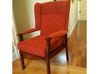 comfortable large chair in excellent condition can deliver
