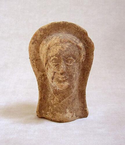 ANCIENT ETRUSCAN TERRACOTTA VOTIVE HEAD OF A MAN, circa 3rd - 2nd Century B.C.