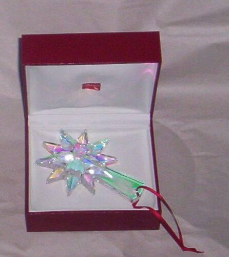 Baccarat  2013 Annual Ornament Christmas Star Iridescent  New in Box