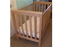 Mamas and papas baby cot with mattress MUST GO ASAP