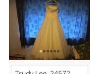 Trudy Lee designer wedding dress size 12/14