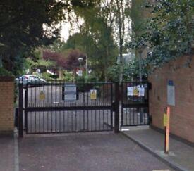 Secure Parking Space in Battersea, SW11, London (SP43079)