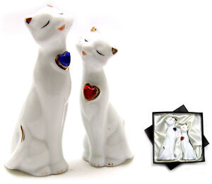 WHITE PORCELAIN CATS COUPLE ORNAMENT Gift Boxed NEW
