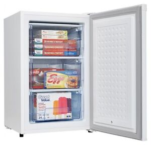 FREEZER UPRIGHT-4.3CUF-danby clearance sale-with-warranty-$189.9