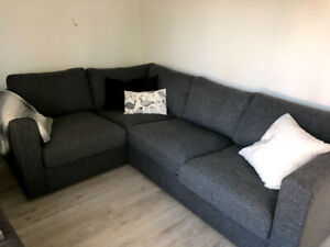 DIVAN IKEA COMME NEUF - COUCH BARELY USED