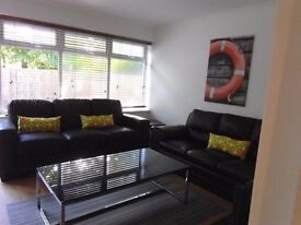 **ROOMS FROM 140£ IN ALL THE EAST AND CENTRAL OF LONDON! ALL INCLUDED@ CALL ME NOW!