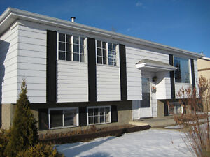 5-Bedroom Clareview Home newly renovated! *Pets friendly