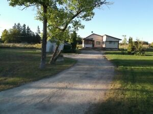Winipi Rentals 4 Season House in Beaconia, Manitoba