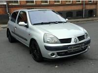 2005 Renault clio 1.2 Full service History. Has mot too