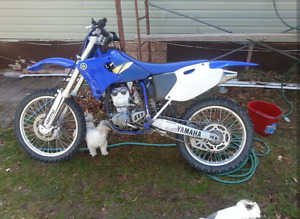 2002 YZ250F has papers
