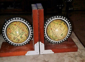 Classic Heritage Mint Rotating Globe Bookends EXCELLENT COND