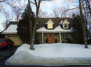 BEAUTIFUL HOUSE ON A BIG LOT IN DESIRED BEACONSFIELD SOUTH West Island Greater Montréal image 3