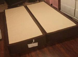 Queen size sealy boxspring