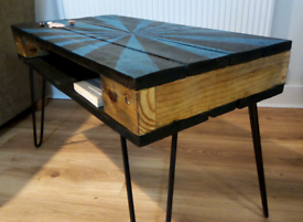 Funky Retro Pallet Table Rustic. Different colours avail.