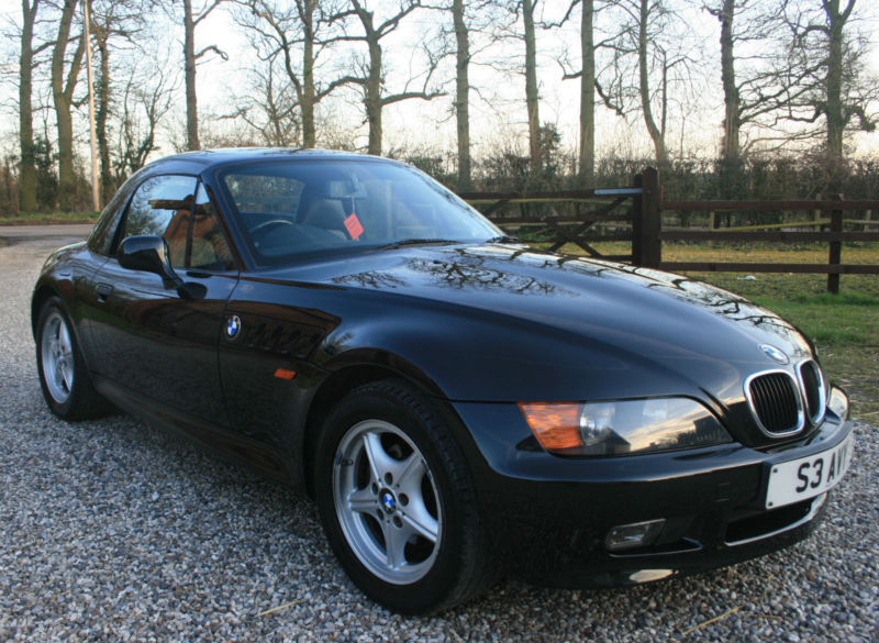 bmw z3 1 9 2 door convertible sports coupe automatic warrantied low mileage in chelmsford. Black Bedroom Furniture Sets. Home Design Ideas