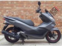 Honda PCX 125cc (17 REG), Showroom condition, 967 miles!
