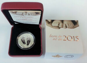 2015 Welcome to the world Baby feet $10 Silver coin in box