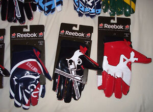 AUTHENTIC CFL FOOTBALL GLOVES - MONTREAL ALOUETTES + MORE West Island Greater Montréal image 6