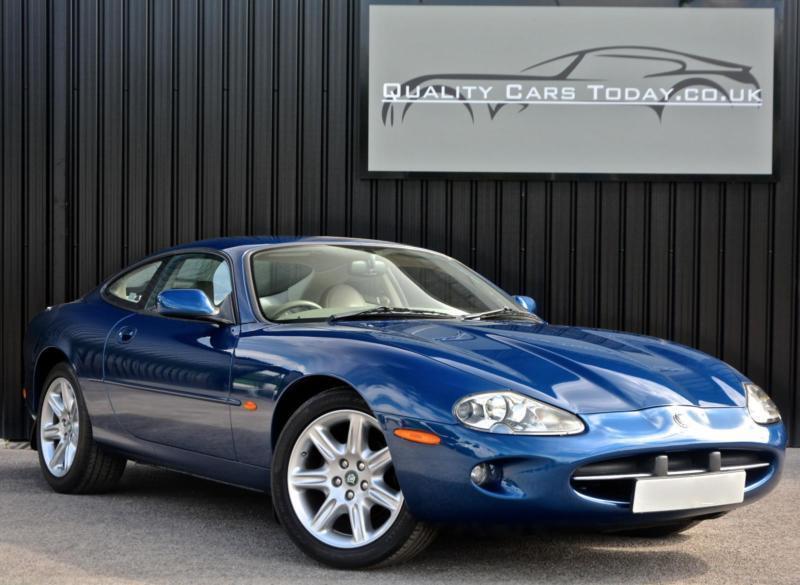 jaguar xk8 4 0 v8 coupe antigua blue genuine 66 000 miles. Black Bedroom Furniture Sets. Home Design Ideas