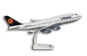 Lufthansa Boeing 747-400 1:200 Flugzeug Modell NEU B747