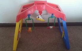 Baby activity gym/ play mat