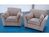 2 x NEW Top Quality Furniture Link Vienna CHAIRS complete with Side Cushions