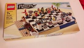 Brand new - Lego Pirates - Pirate Chess Set - 40158 - Now Discontinued model - RARE & Collectable **