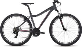 specialzed myka 2017 605B womens bike small sized hardly used