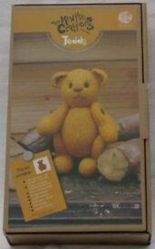 The Knitty Crittors Teddy Bear kit