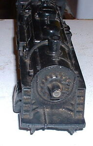 Vintage 1960s Lionel Train : Locomotive or HO Lot or ornaments