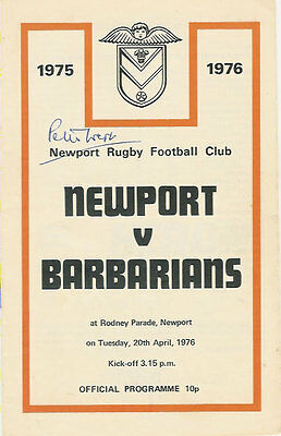 NEWPORT v BARBARIANS 1976 RUGBY PROGRAMME SIGNED BY JOURNALIST PETER WEST ()