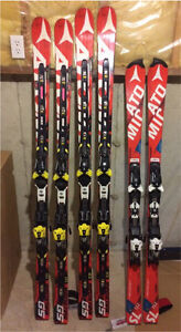 Atomic GS and Slalom race skis