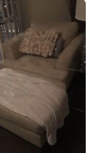 One seater sofa with ottoman