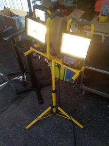 Tripod Work Light
