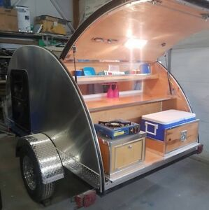 Diamond in the rough teardrop trailer - Solar panel Off the grid