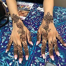 Professional Henna & Mehndi Artist Service