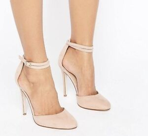 Beautiful high heel- absolutely NEVER worn. Size 8