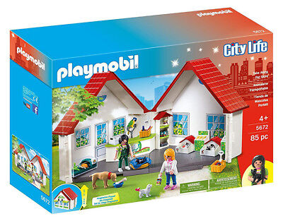 PLAYMOBIL 5672 Take Along Pet Store City Life BRAND NEW