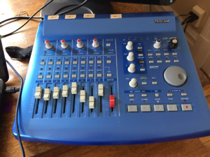 TASCAM US-428   Controleur MIDI et carte audio négotiable