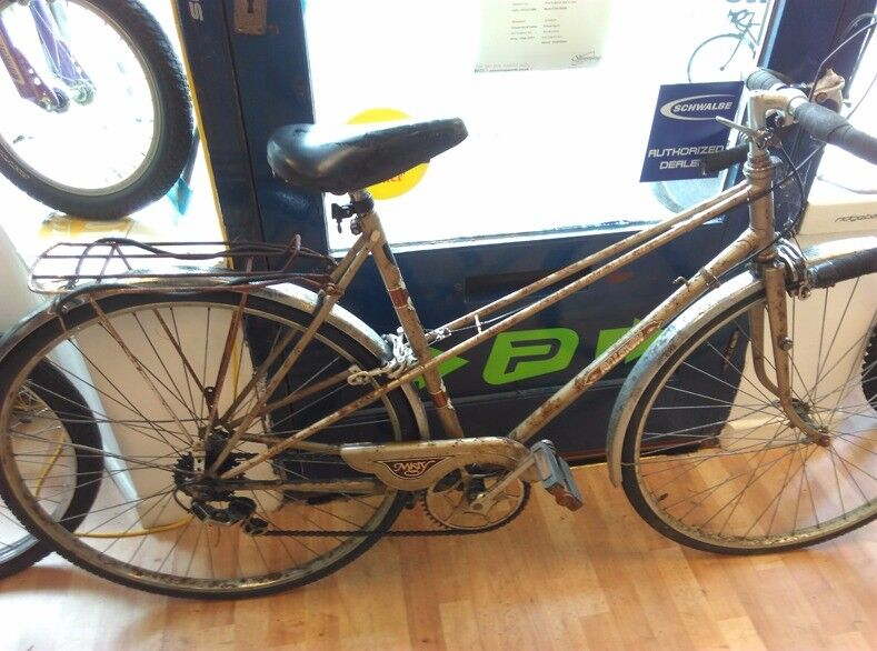 Raleigh misty 5 speed, rusty rat look bike working fine brakes and gears all good