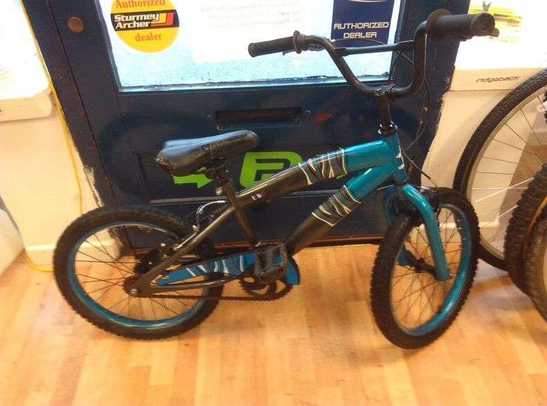 "16"" wheel bmx tribal blue and black good overall condition does need new seat as torn"