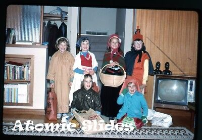 1964 kodachrome   Photo slide kids in halloween costumes TV set on television