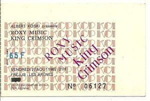 "RARE / TICKET CONCERT - ROXY MUSIC KING CRIMSON LIVE A FREJUS ( FRANCE ) 1982 - France - TICKET DE CONCERT "" ROXY MUSIC + KING CRIMSON : LIVE A FREJUS ( FRANCE ) - LE VENDREDI 27 AOUT 1982 ""Dimension : 11 cm x 7 cmOCCASION : TICKET EN BON ETATUSED : LIVE TICKET IN GOOD CONDITION - France"