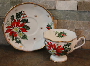 QUEEN ANNE CHRISTMAS TEA CUPS & SAUCERS