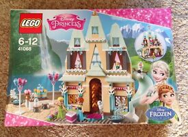 Lego Frozen Arendelle Castle New