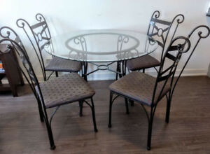45'' Round Glass Dining Table set with 4 chairs