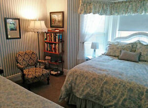 OWN A TOP 10 B&B - OR LARGE FAMILY HOME - IN STRATFORD! Stratford Kitchener Area image 7